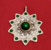 Green & silver ornament pendant